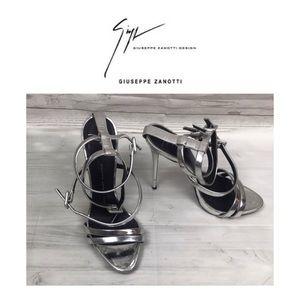 Giuseppe Zanotti Silver Ankle Sandals. Sz 8/39